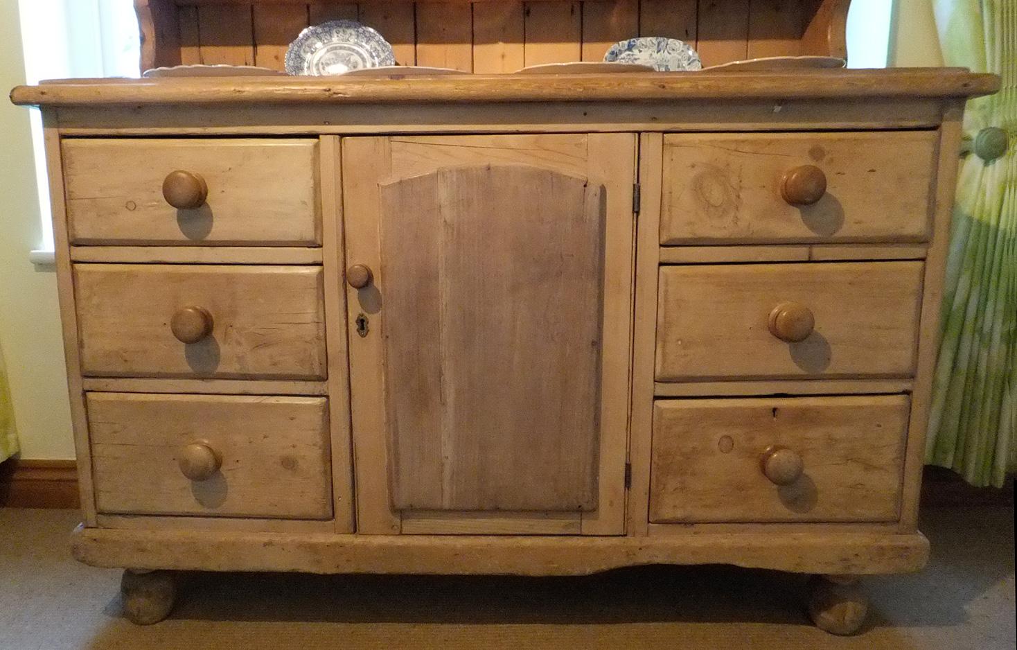 Fine Antique Victorian Pine Dresser Antique Pine Plate