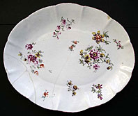 DUESBURY DERBY PORCELAIN COTTAGE SPRIGS FLORAL DISH BY THE DERBY COTTON STEM PAINTER C.1756-58
