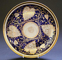 A RARE LARGE ENGLISH REGENCY PORCELAIN DISH C.1805-10 NEW HALL MAZARINE BLUE AND GOLD PATTERN 566