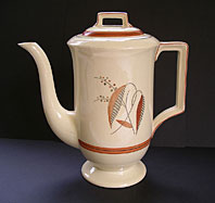 STYLISH GRAY'S POTTERY STAFFORDSHIRE ART DECO COFFEE POT HAND PAINTED LEAF AND BERRY PATTERN C.1935-39